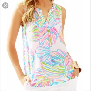 Lilly Pulitzer Shelley Top in Shellabrate M